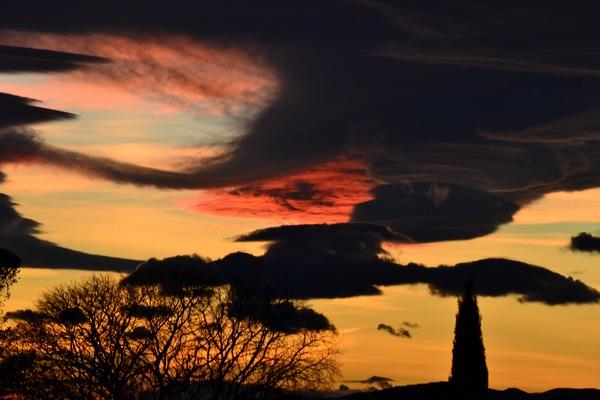 Coucher de soleil sur St Dézéry